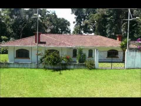 Costa Rica real estate – A Commercial or Family Compound with multiple uses – Heredia