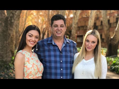 Miss SA Demi Leigh Nel Peters on Top Billing