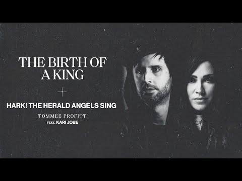 Hark! The Herald Angels Sing - Kari Jobe, Tommee Profitt (LYRIC)