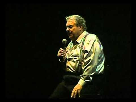 Alberto Cortez video El amor desolado - Teatro Gran Rex 2009