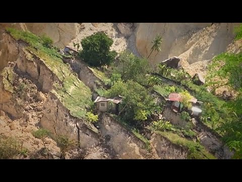 Death toll rises in Philippines landslide