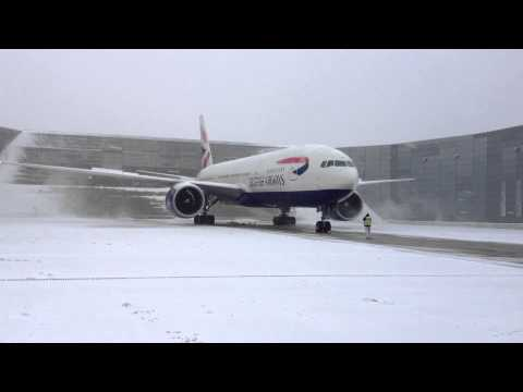 Boeing 777 Engine run in the snow