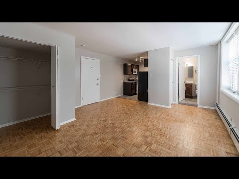 An updated Buena Park studio just west of Lake Shore Drive