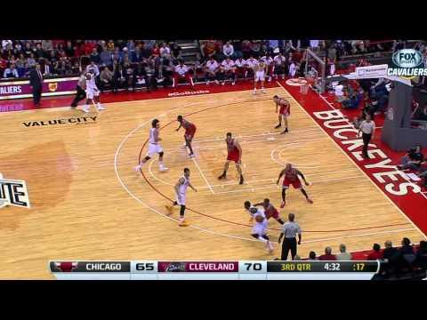 Point Guard Duel: Kyrie Irving vs Derrick Rose