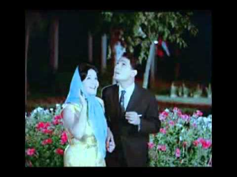 حاجه غريبه عبدالحليم حافظ شاديه