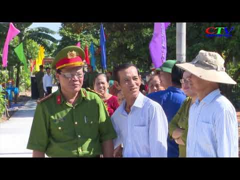 Công an huyện xây tặng đường bê tông cho thôn Tân Định