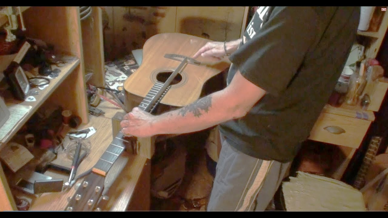 SIMON PATRICK LUTHIER GUITAR INSPECTION
