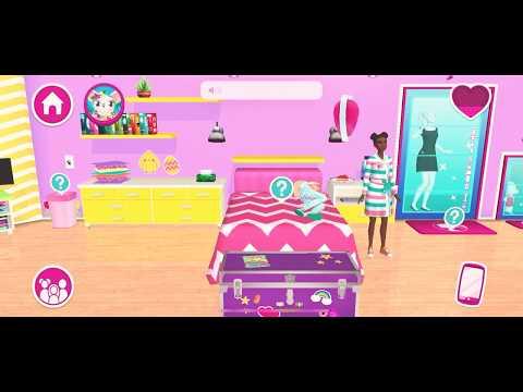 Barbie plays with Nikki