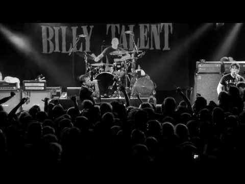 "Billy Talent perform ""Red Flag"" in Hamburg"