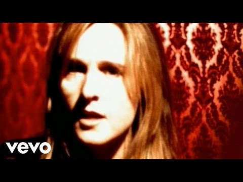 """Melissa Etheridge video for """"I Want To Come Over"""""""