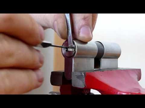 Ouverture d39un cylindre canon de serrure vachette radial for Serrurier melun