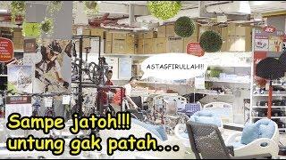 Video JATUH HAMPIR  PATAH TULANG - KAKEK KAMPRET - BAIM WONG - PRANK INDONESIA MP3, 3GP, MP4, WEBM, AVI, FLV Februari 2019