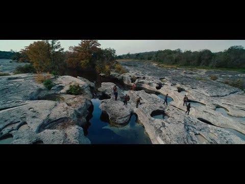Predators - We Have A Real Problem [HD]