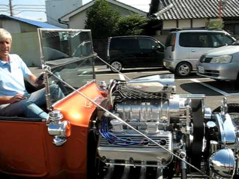 Supercharged Hemi with EFI in T Bucket