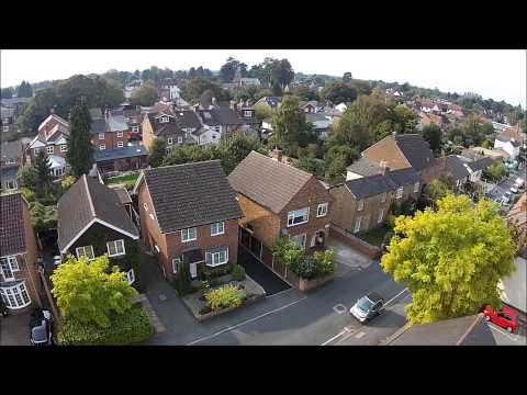 Armstrong Road, Englefield Green - £290,000