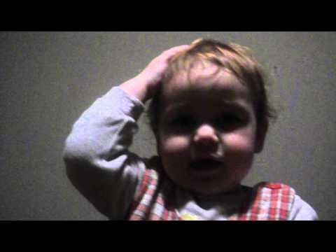 ნენე ყვება ლექსს :))) (ვიდეო)