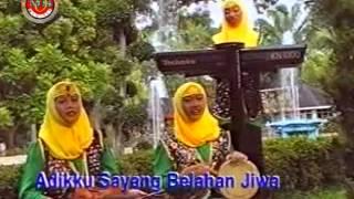 Dra Hj Nur Asiah Djamil - Adikku Sayang