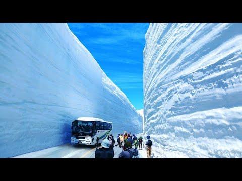 العرب اليوم - كيفية عمل طرق تصلح للسير فى الجبال الجليدية الضخمة