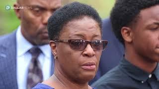 Botham Jean's mother: