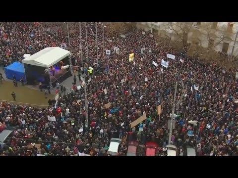 Robert Kalinak: Slowakischer Innenminister nach Mord an Journalisten zurückgetreten
