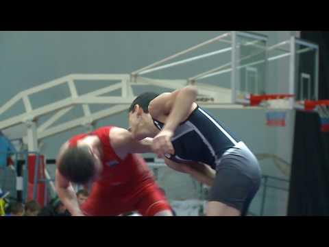 В Тюмени состоялся турнир по греко-римской борьбе имени Владимира Чебоксарова