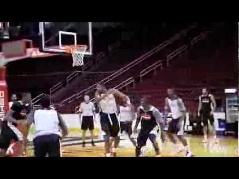 Dwight Howard Slam - Rockets Training Camp Scrimmage