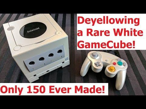 Deyellowing a Rare Crystal White GameCube - Adam Koralik