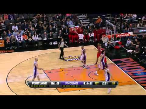 Damian Lillard steals and scores on the Suns
