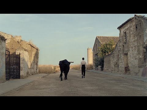 Video Christine and the Queens - La marcheuse (Clip officiel) download in MP3, 3GP, MP4, WEBM, AVI, FLV January 2017