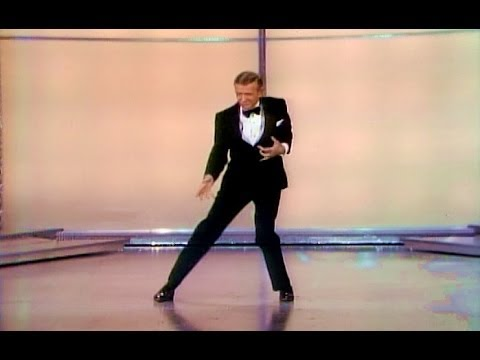 Fred Astaire dances at the 1970 Academy Awards