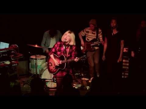 Caroline Smith - Child of Moving on [Live at Vaudeville Mews]