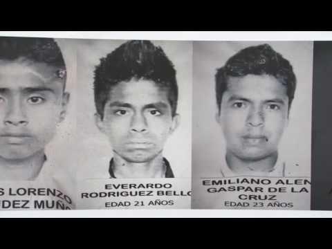 Homenaje a los 43 desaparecidos de Ayotzinapa