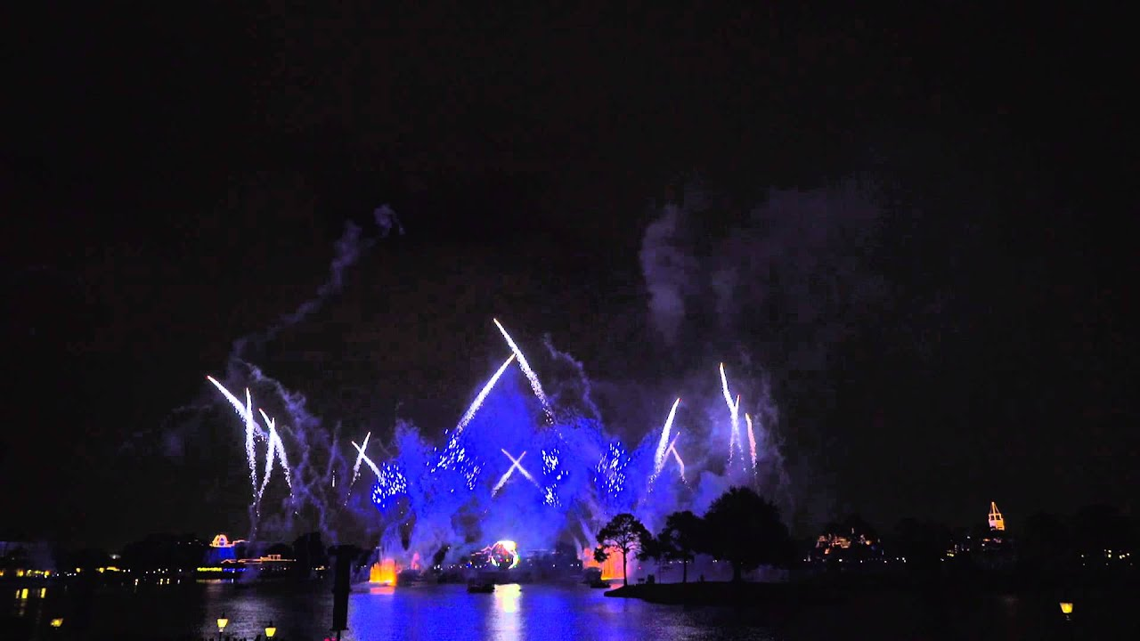 IllumiNations: Reflections of Earth New Year's Eve 2014