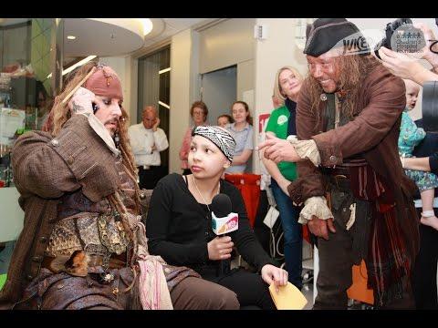 Jack Sparrow fa visita ai bambini malati