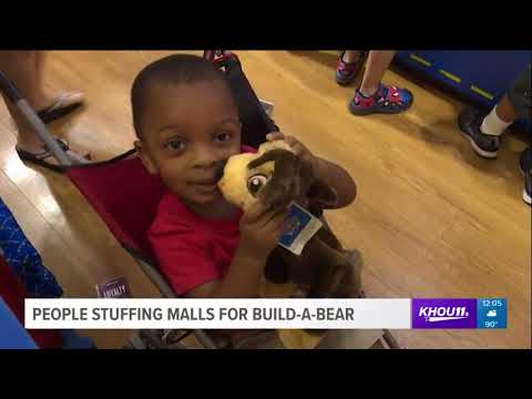 People stuffing malls for Build-A-Bear