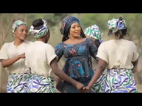 Sabuwar Waka (Mata Masu Sirri) Latest Hausa Song Video 2020# Ft Momee Gombe