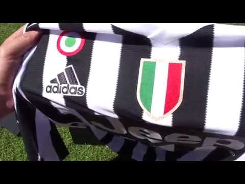 Tearing Open The 2015/16 Juventus Kit - Presentation Unboxing