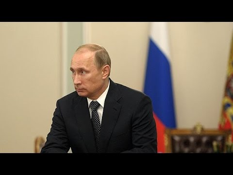 Calls - Under increasing pressure from international leaders Russian President Vladimir Putin has called for a full investigation into the downed Malaysian airliner. It was Putin's first official...