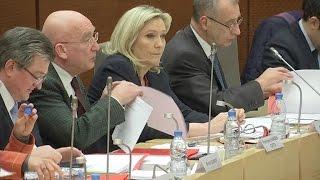 Video Le FN contre le changement de nom de la région Nord-Pas-de-Calais-Picardie MP3, 3GP, MP4, WEBM, AVI, FLV Juni 2017