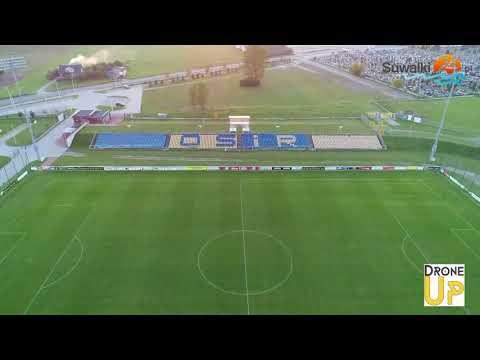 Hala widowiskowo-sportowa Suwałki Arena. Między stadionem a zalewem
