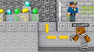 Pranking My Friend By DELETING His Diamonds In Minecraft (Hilarious)