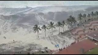 Video Durban beach closed due to high waves DRAMATIC AERIAL VIDEO MP3, 3GP, MP4, WEBM, AVI, FLV Maret 2019