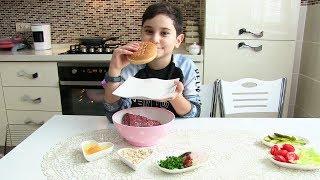 Video Kerem Mutfakta 5. Bölüm Hamburger Yapıyoruz MP3, 3GP, MP4, WEBM, AVI, FLV November 2017
