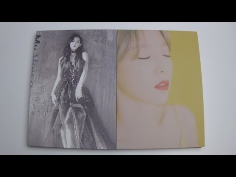 Unboxing Taeyeon 태연 1st Studio Album My Voice (Both I Got Love & Fine Version) (видео)