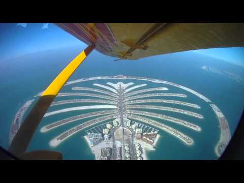 sky dive - Second time skyding over Dubai... Skydive Dubaï - May 2011 : http://www.youtube.com/watch?v=CqFdDbLSNaM Musics (with direct iTunes link) : Flo Rida - Good Fe...