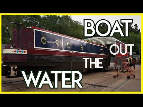 We Take Our Narrowboat Out The Water For Painting And GIVE HER A NAME - Episode 59