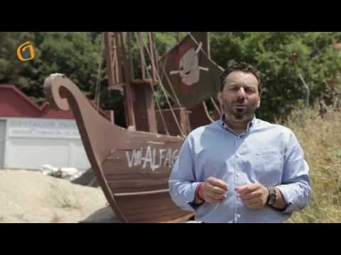 Barco pirata varado na rotonda de Arcos, Vincios