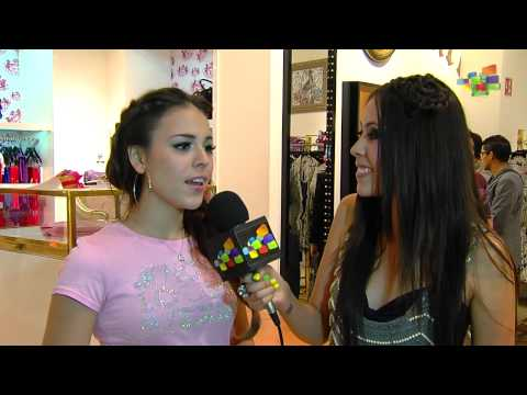 Danna Paola - Fashion's Night Out - El Depa
