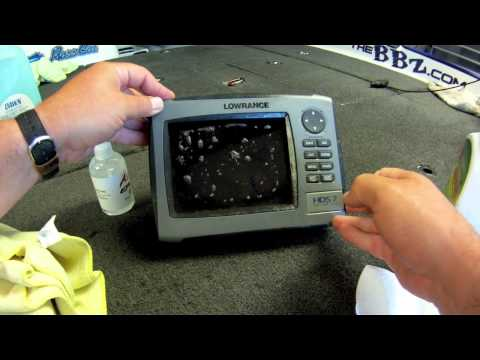 "Cleaning Lowrance and Humminbird Electronics (Hard Water Spots) ""BBZtv Tips"""
