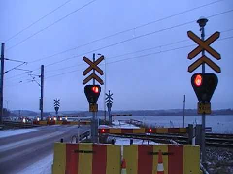 Finnish Freight train 2191 passed Härskinniemi level crossing